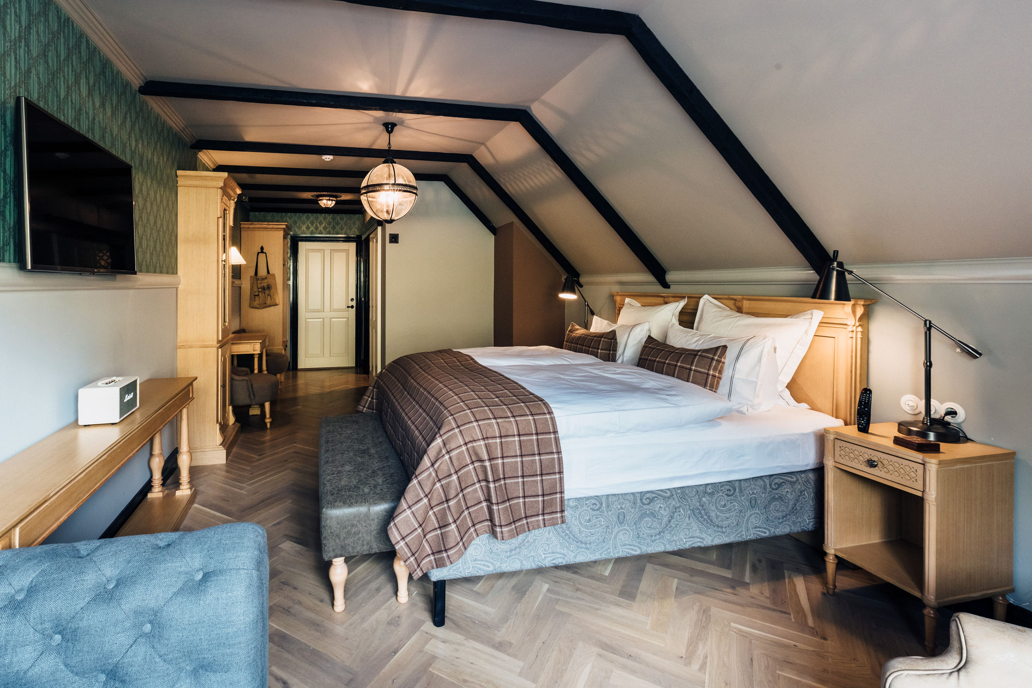 Room 205 (1)